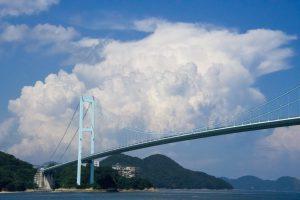 積乱雲と安芸灘大橋